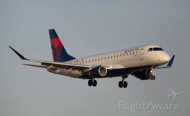 Embraer 170/175 (N239SY) - Delta (SkyWest) 4524 is arriving on on DSM's Runway 23 from Salt Lake City in beautiful golden hour lighting! Photo taken March 4, 2020 at 5:13 PM with Nikon D3200 at 330mm.