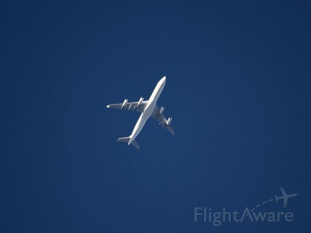 Airbus A340-300 (CS-TQZ)