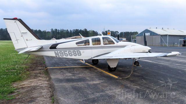 Beechcraft 55 Baron (N956SB)