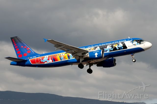 Airbus A320 (OO-SND)