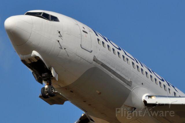 Boeing 737-200 (C-GTUK)