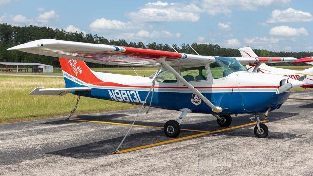 Cessna Skyhawk (N9813L)