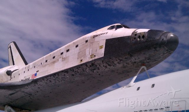BOEING 747-100 (N905NA) - Close up of Space Shuttle Discovery attached to N905NA.