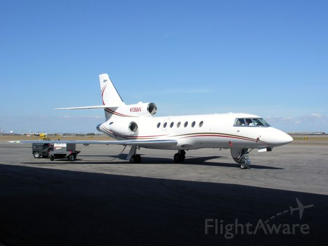Dassault Falcon 50 (N138AV)