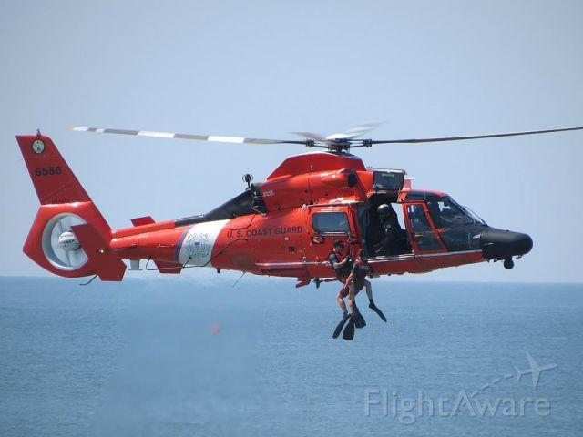 — — - USCG HH-65 Dauphine Demo at Atlantic City, NJ