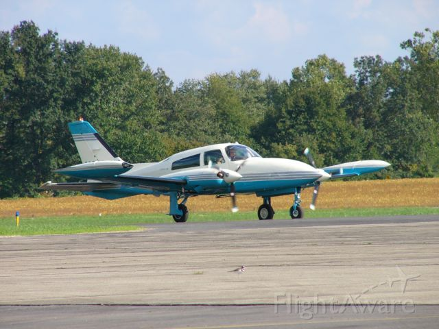 Cessna 310 (N310JW)