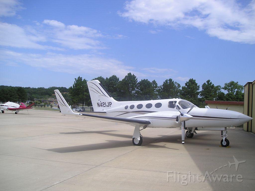 Cessna 421 (N421JP)