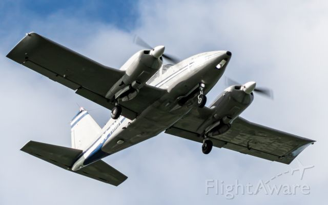 Piper PA-24 Comanche (C6-RMK) - Piper Aztec