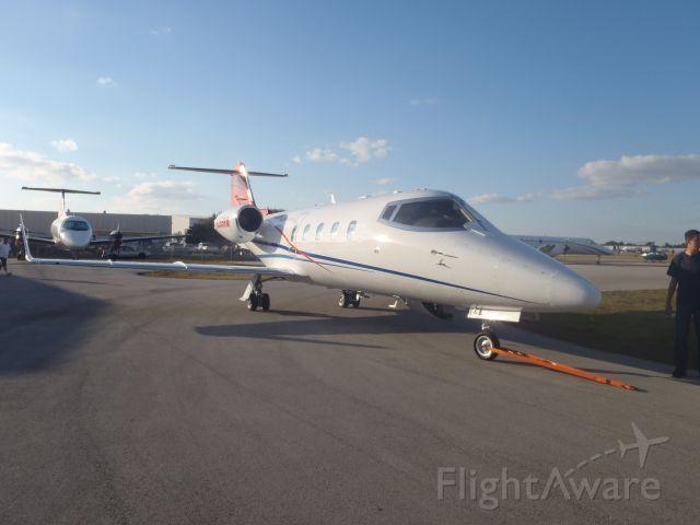 Learjet 55 (N355RM)