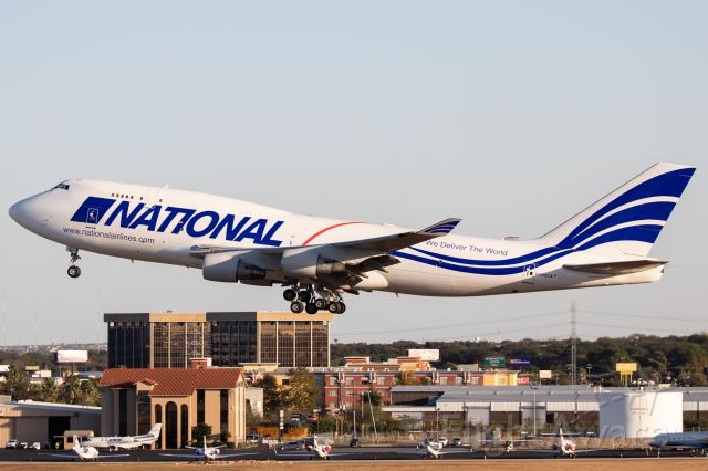 Boeing 747-400 (N702CA) - Performing a go-around.