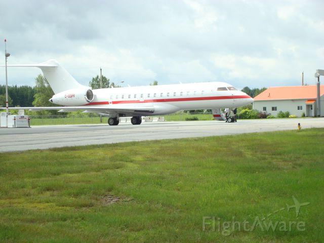 Bombardier Global Express (C-GDPF) - Challenger