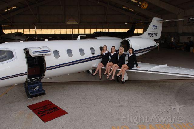 Learjet 35 (N351TV) - girls on a lear