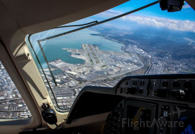 — — - KSFO from the cockpit of a Beechcraft Premier 1 on departure.