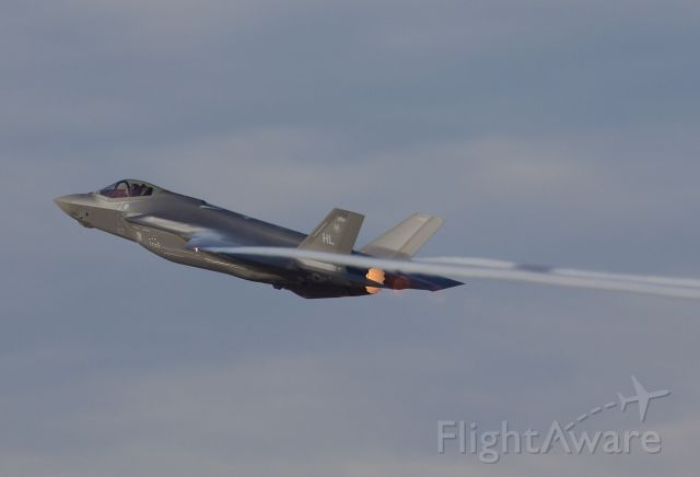 """Lockheed F-35C (15-5196) - US Air Force F-35A departing NAS JRB Fort Worth, formally Carswell Air Force Base. Departing in full afterburner pulling some wingtip vapors.(Please view in """"full"""" for highest image quality)"""