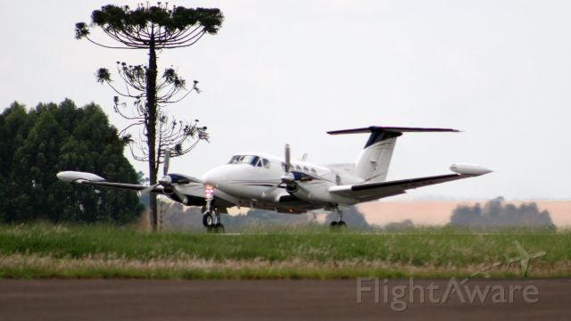 Beechcraft Super King Air 200 (PR-KEM)