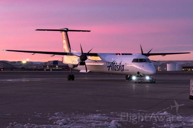 de Havilland Dash 8-400 (N436QX) - Cotton Candy Skies - Full quality photo --> https://www.jetphotos.com/photo/9170869