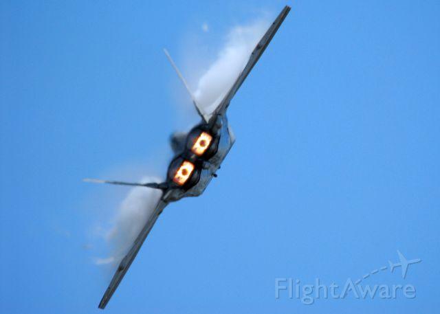 Lockheed F-22 Raptor — - 2009 RI National Guard Open House