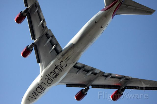 Boeing 747-400 (G-VBIG) - Departure of Virgin Atlantic # 20 bound for London Heathrow (LHR) passing over San Bruno, Ca at about 1000 04-28-2015