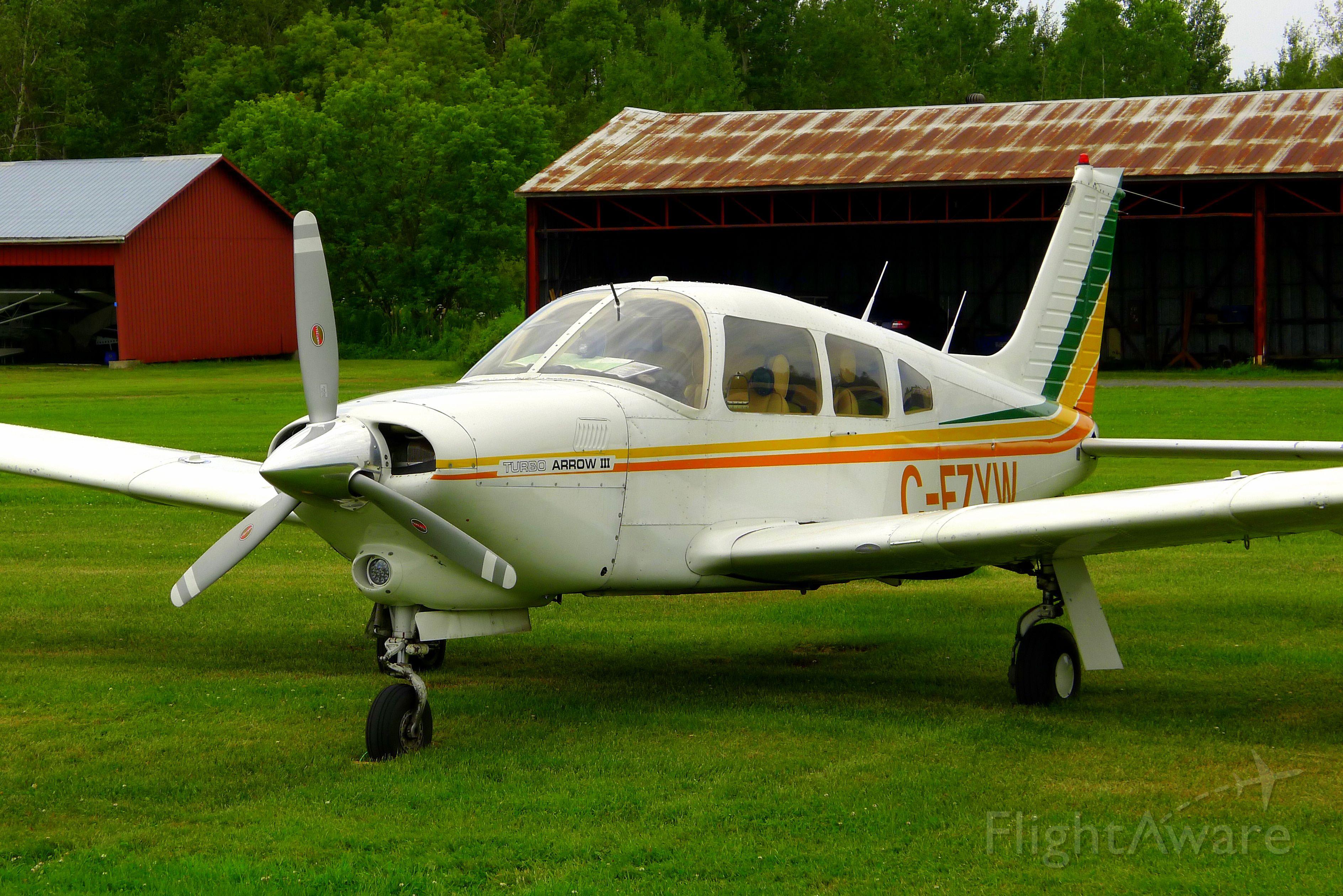 Piper Cherokee (C-FZYW) - C-FZYW at St-Lazare Airport