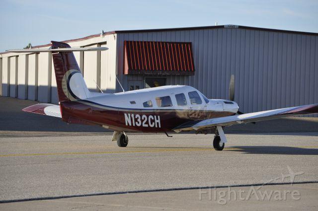 Piper Lance 2 (N132CH)