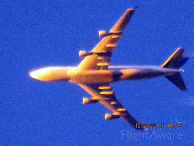 Boeing 747-400 (N120UA)