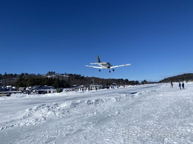 Piper Dakota / Pathfinder (N8505W) - Landing at Alton Bay Ice Runway February 21, 2021