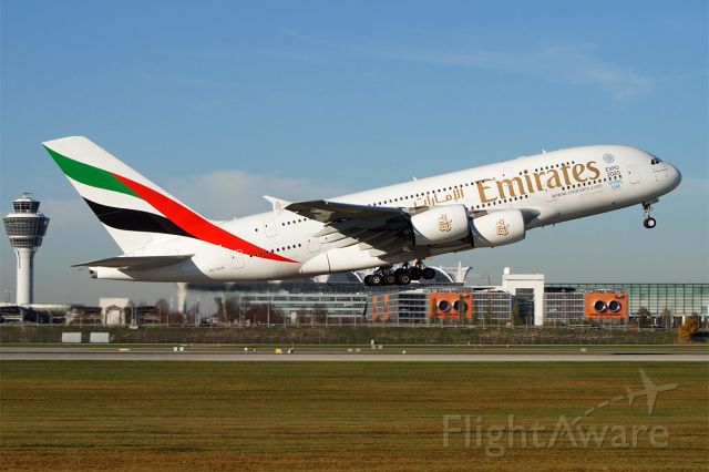 Airbus A380-800 (A6-EEN)