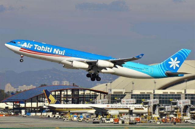 Airbus A340-300 (F-OJGF)