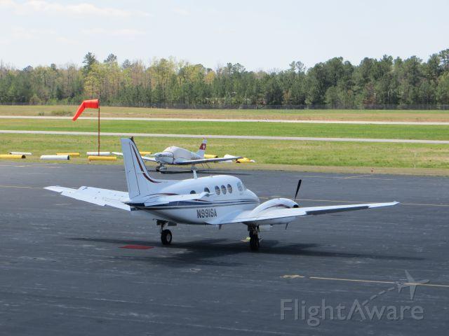 Beechcraft King Air 90 (N991SA)