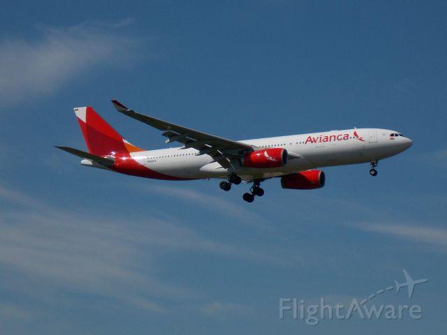 Airbus A330-200 (N968AV)