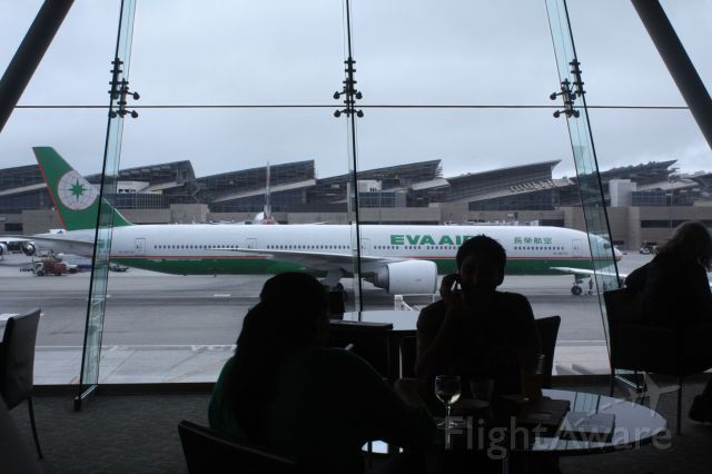 BOEING 777-300 (81-6713) - Look at the shear size of the 777-300ER, in the Admirals Club at LAX