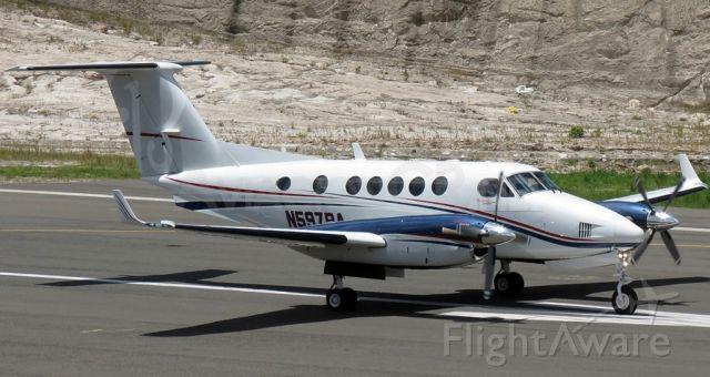 Beechcraft Super King Air 200 (N597BA)