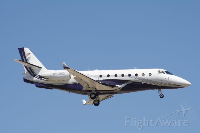 IAI Gulfstream G200 (N20BD) - Landing at John Wayne Airport July 5 2018.