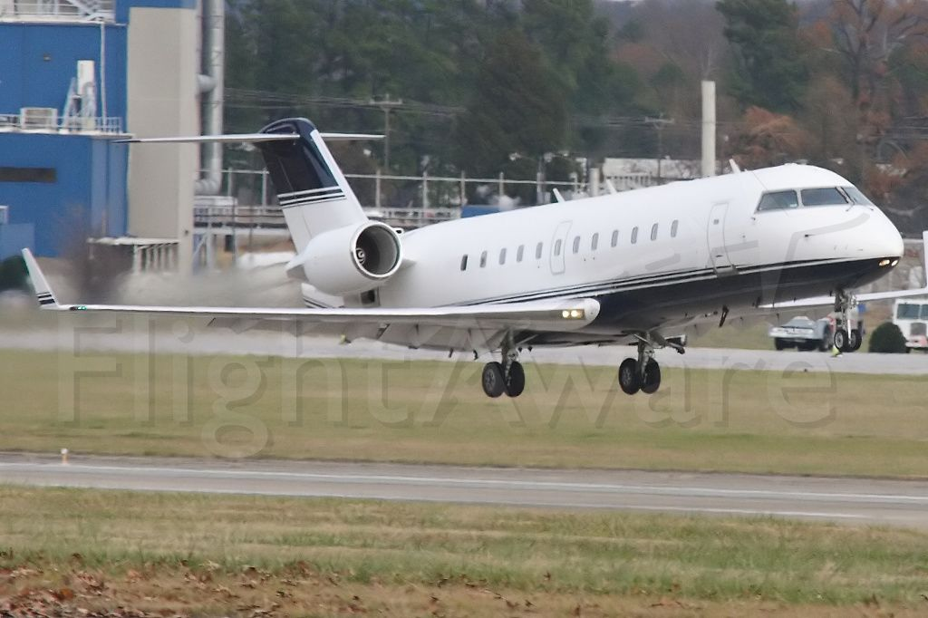 Canadair Regional Jet CRJ-200 (N601LS)