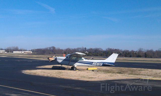 Cessna Skyhawk (N61615)