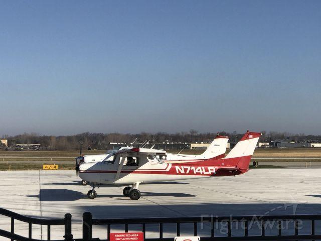 Cessna Commuter (N714LR)