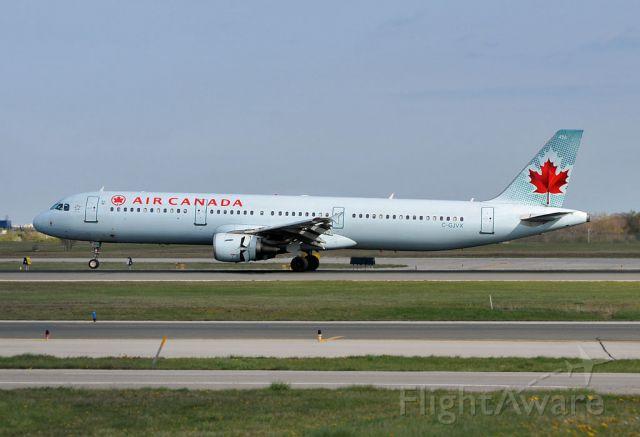 Airbus A321 (C-GJVX)