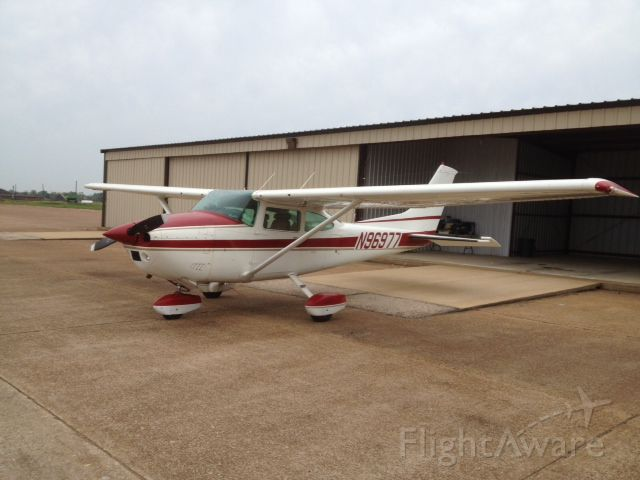 Cessna Skylane (N96977)