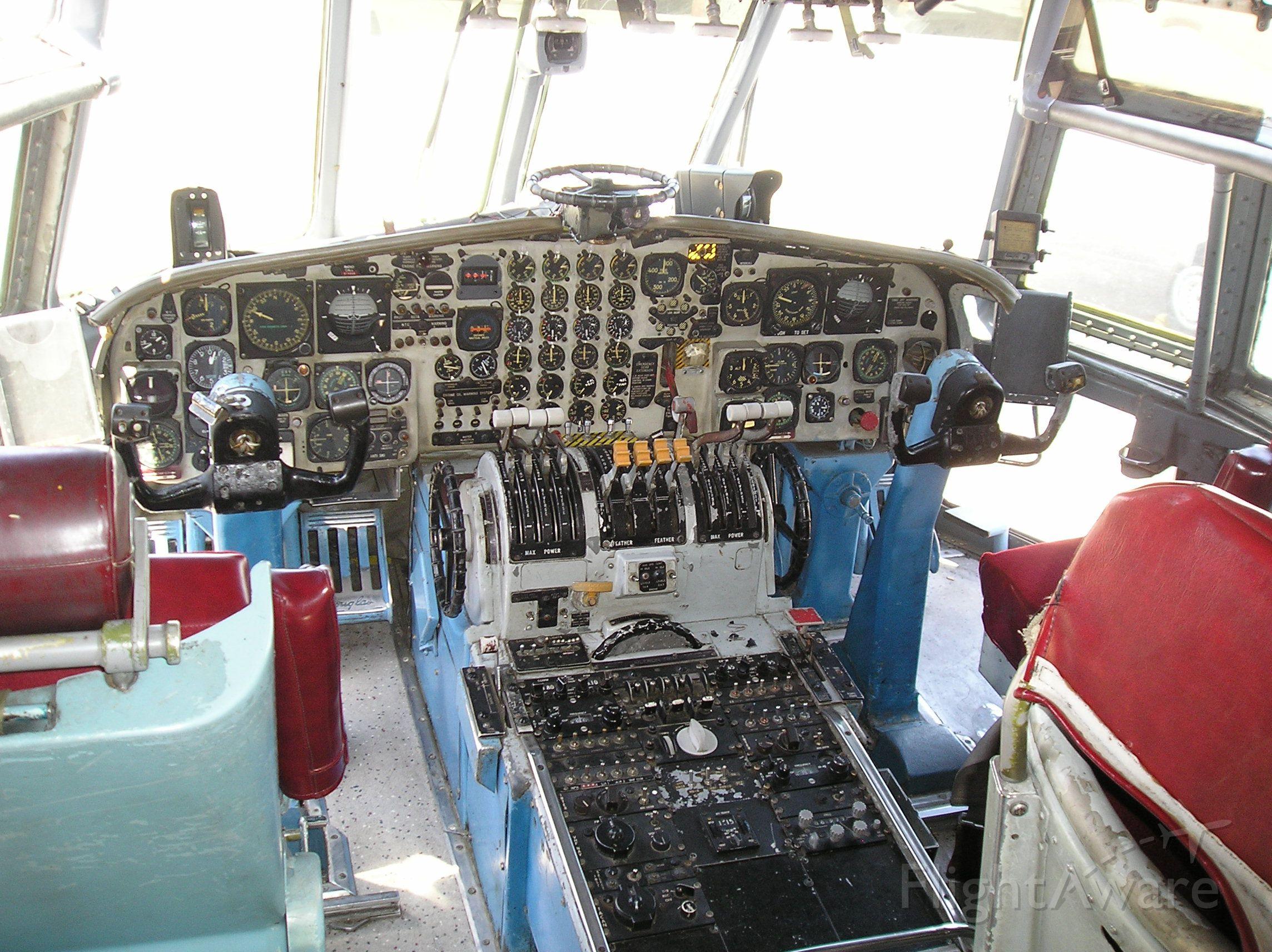 Cessna Skyhawk (N19999) - I was in the cockpit