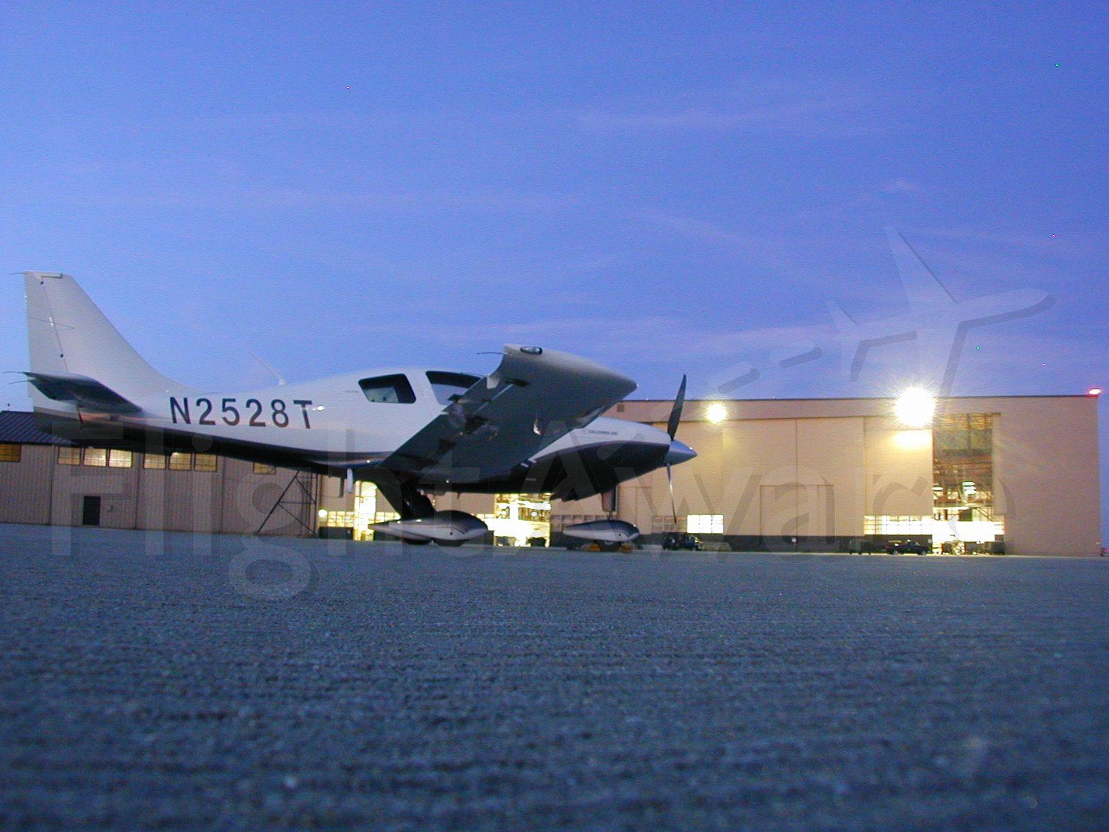 Cessna 400 (N2528T) - Shaw AFB ramp
