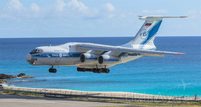 Ilyushin Il-76 (RA-76511) - Russian heavy metal Volga-Dnepr registration RA-76952 flying as VDA3194 over maho beach for landing at St Maarten while bring in some supplies from Holland in support of the COVID-19.<br />(4/17/2020)