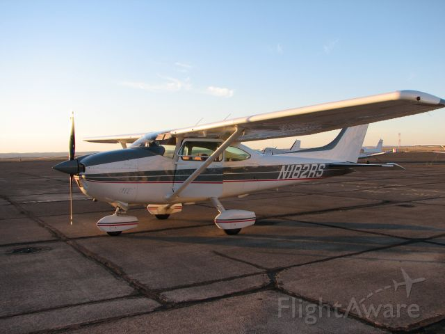 Cessna Skylane (N182RS) - 1976 Cessna 182P