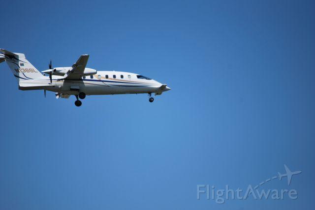 Cessna 336 Skymaster (N136SL) - Alternative Ventures LLC arringing Love Field 5/19/12