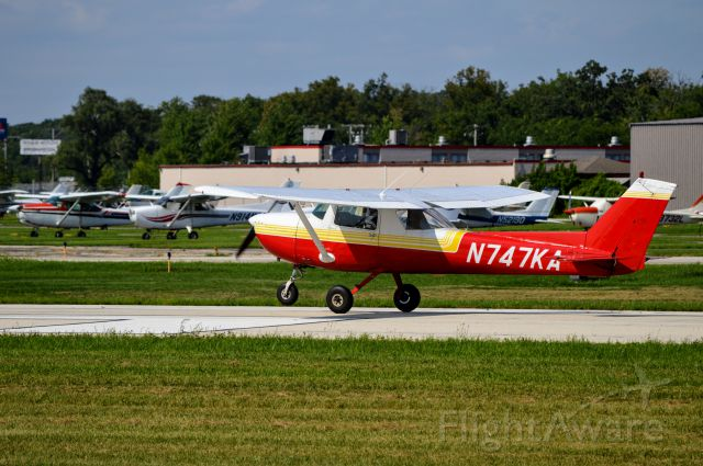 Cessna Commuter (N747KA) - Departing KPWK for a local lesson.