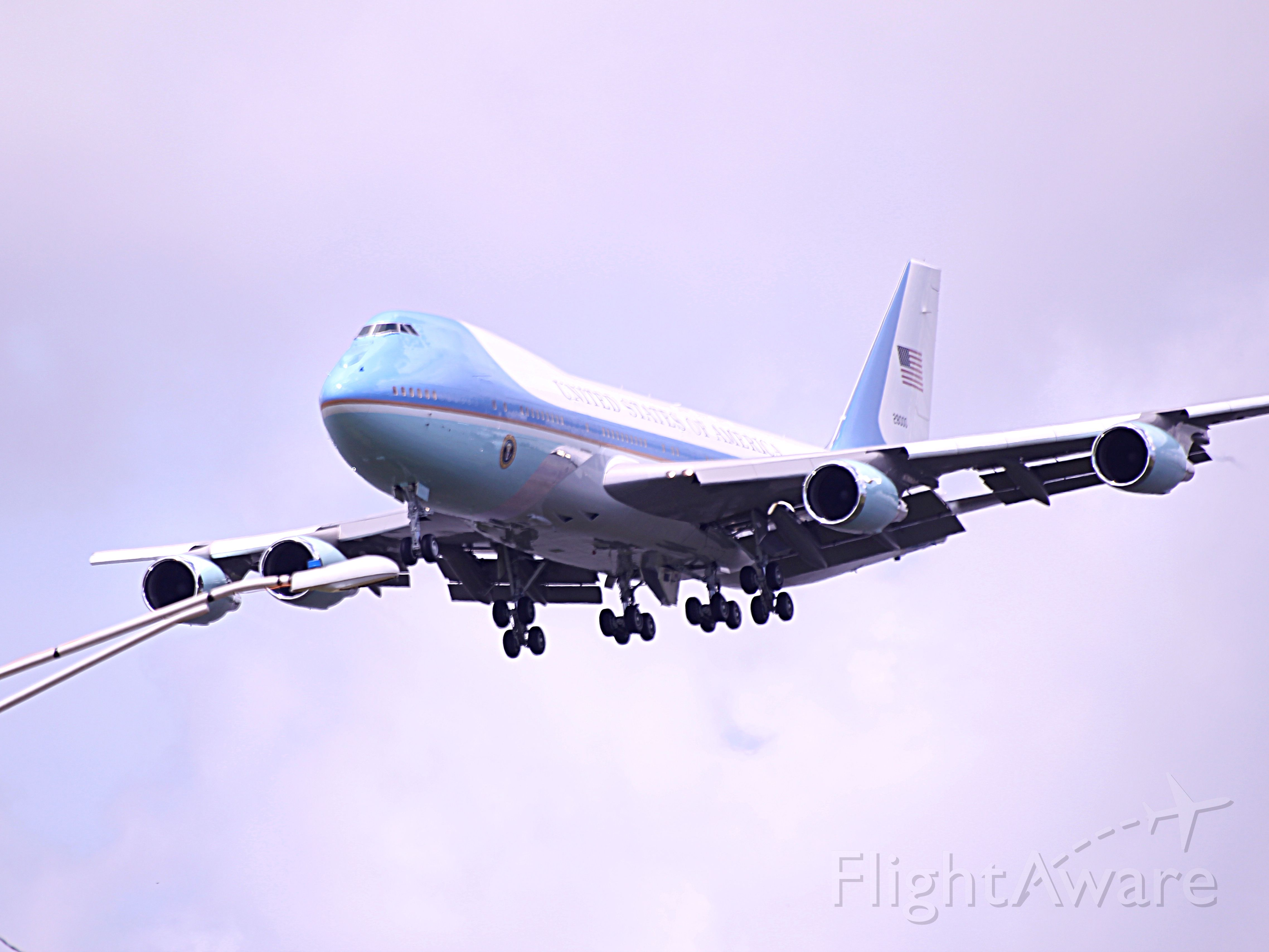 — — - Air Force One
