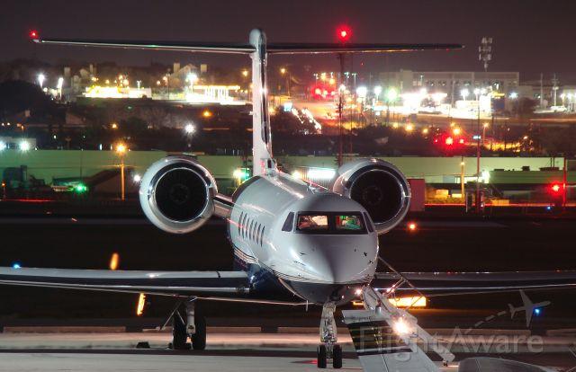Gulfstream Aerospace Gulfstream V (N818RF)