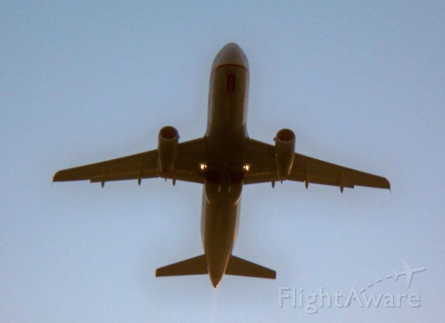 Airbus A320 (N475UA) - United's Friend Ship retro livery from below.