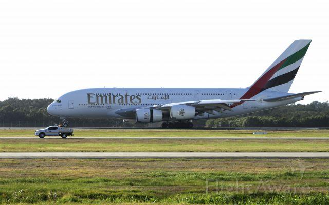 Airbus A380-800 (A6-EEK)