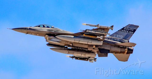 "Lockheed F-16 Fighting Falcon (91-0370) - 91-0370 F-16CM Fighting Falcon USAF 169th FW, 157th FS South Carolinas ""Swamp Fox"" - Las Vegas - Nellis AFB (LSV / KLSV)br /USA - Nevada, March 19, 2018br /Photo: TDelCoro"