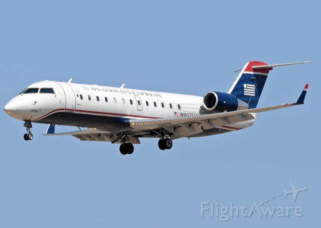 Canadair Regional Jet CRJ-200 (N907SW)